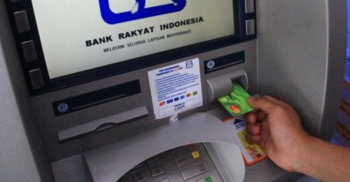 pengambilan uang di ATM